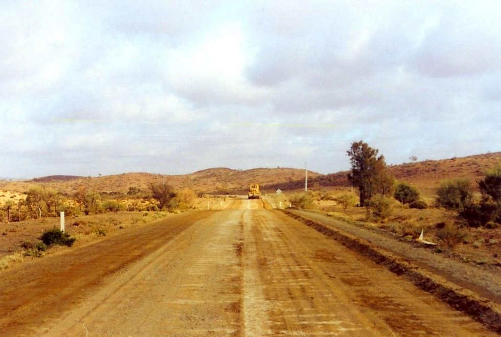 a grader at work on the road to Arkaroola