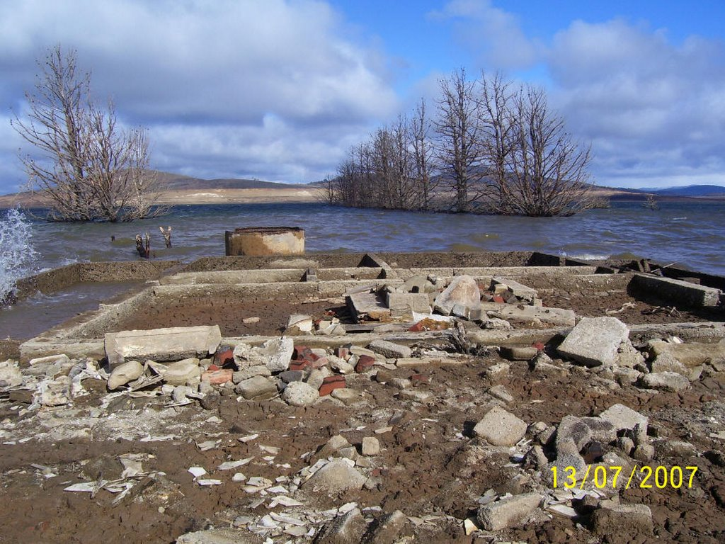 House foundations - Lake Eucumbene