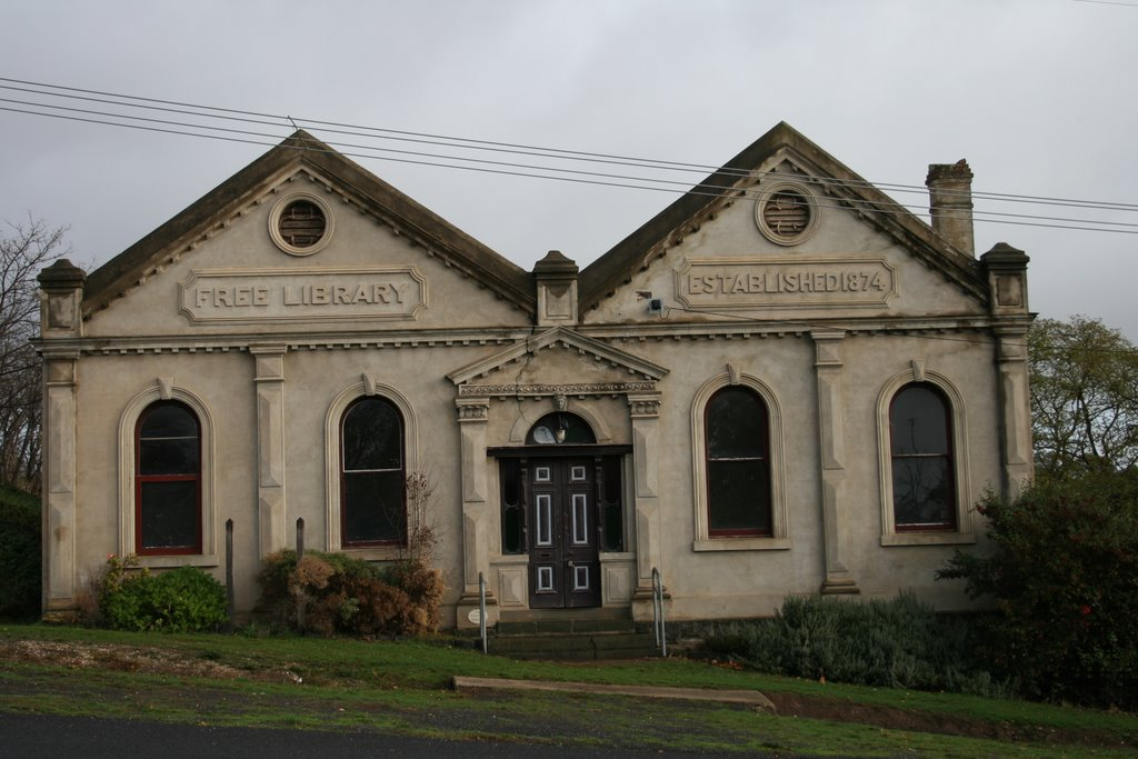 Clunes Library
