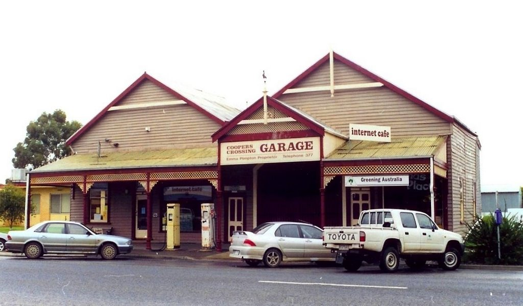 Coopers Xsing Garage, Minyip
