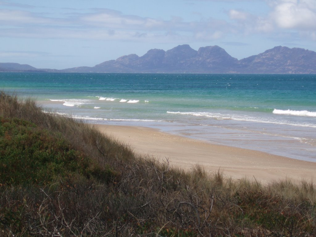 Nine Mile Beach Tasmania