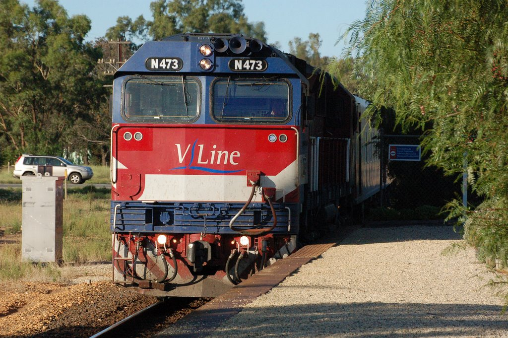 Vline Train at Avenel Station