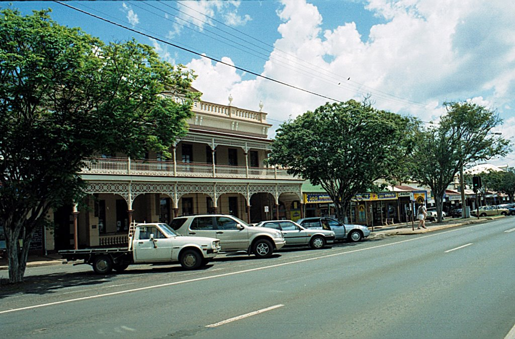 Childers Qld, Mainstreet