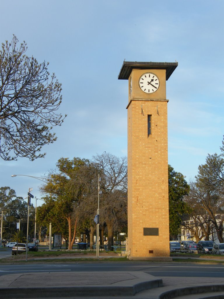 Clock Tower - Swan Hill