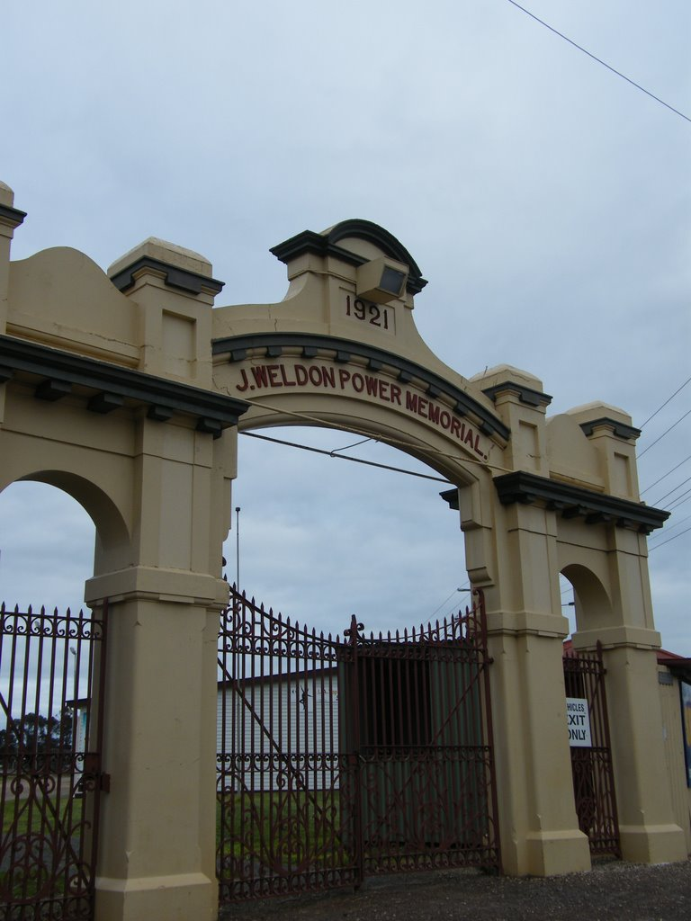 Showground Gates - Horsham