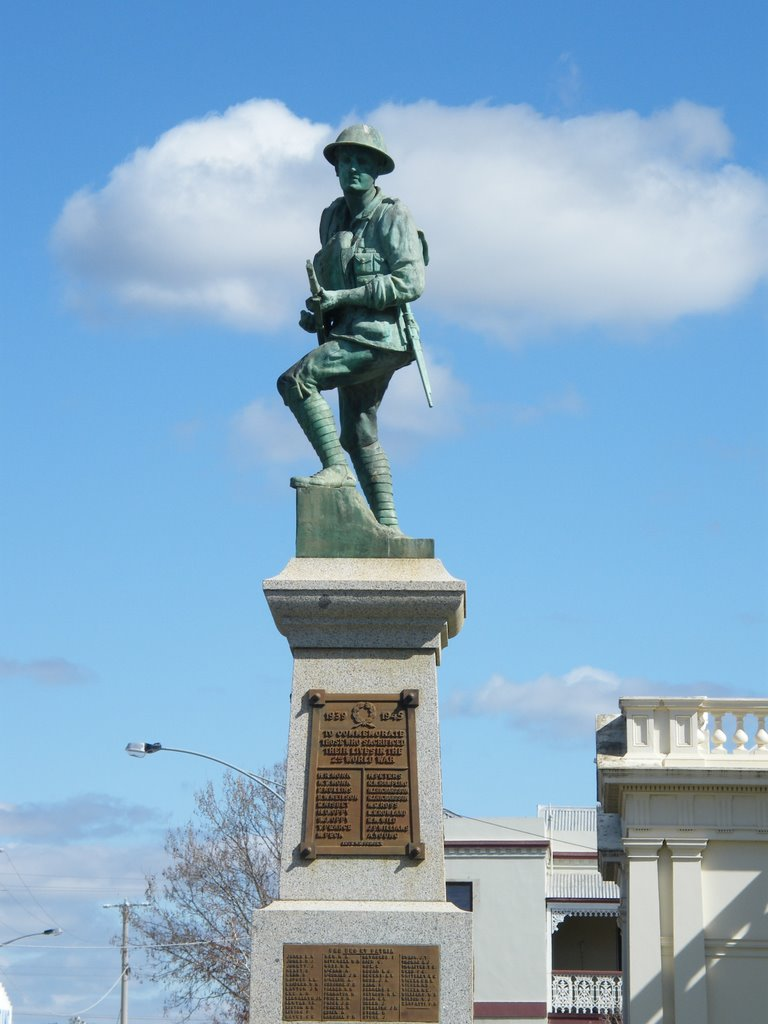 War Memorial - Maryborough