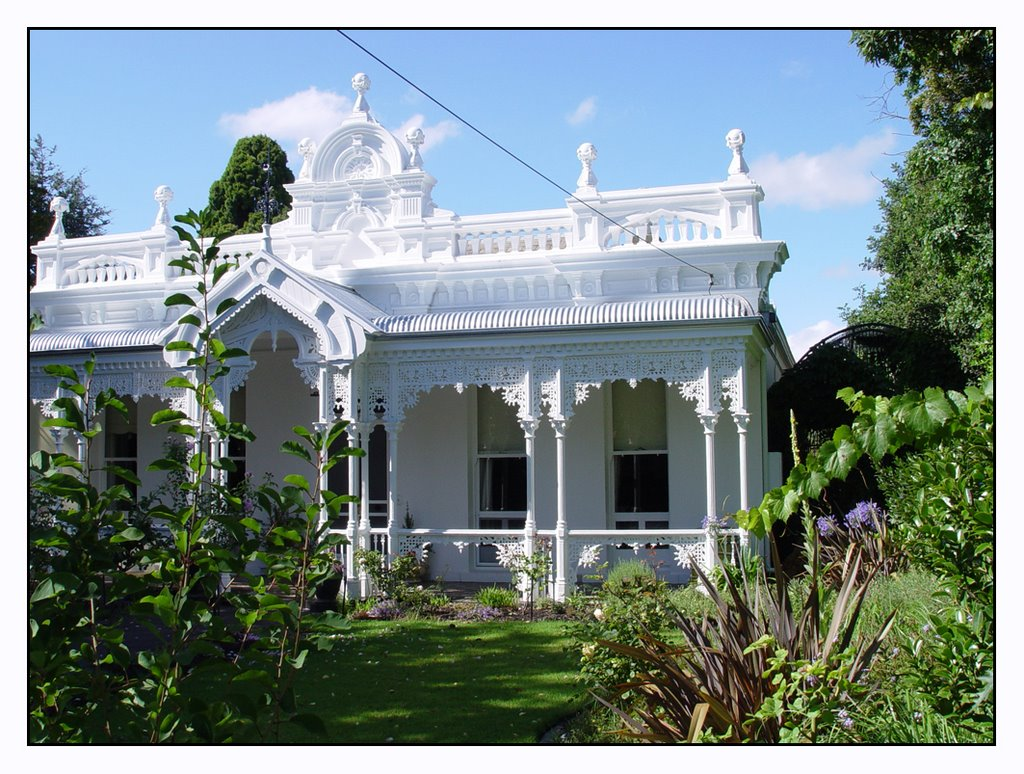 White Victorian Villa, Newtown(Geelong)