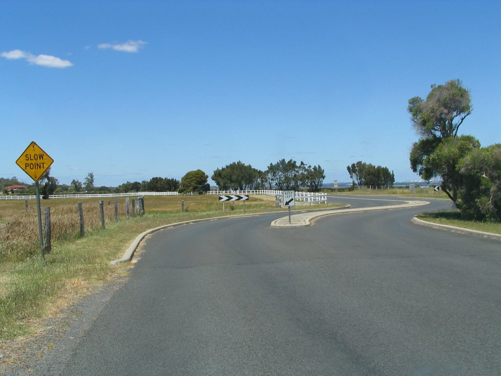 Cathedral Ave, Australind