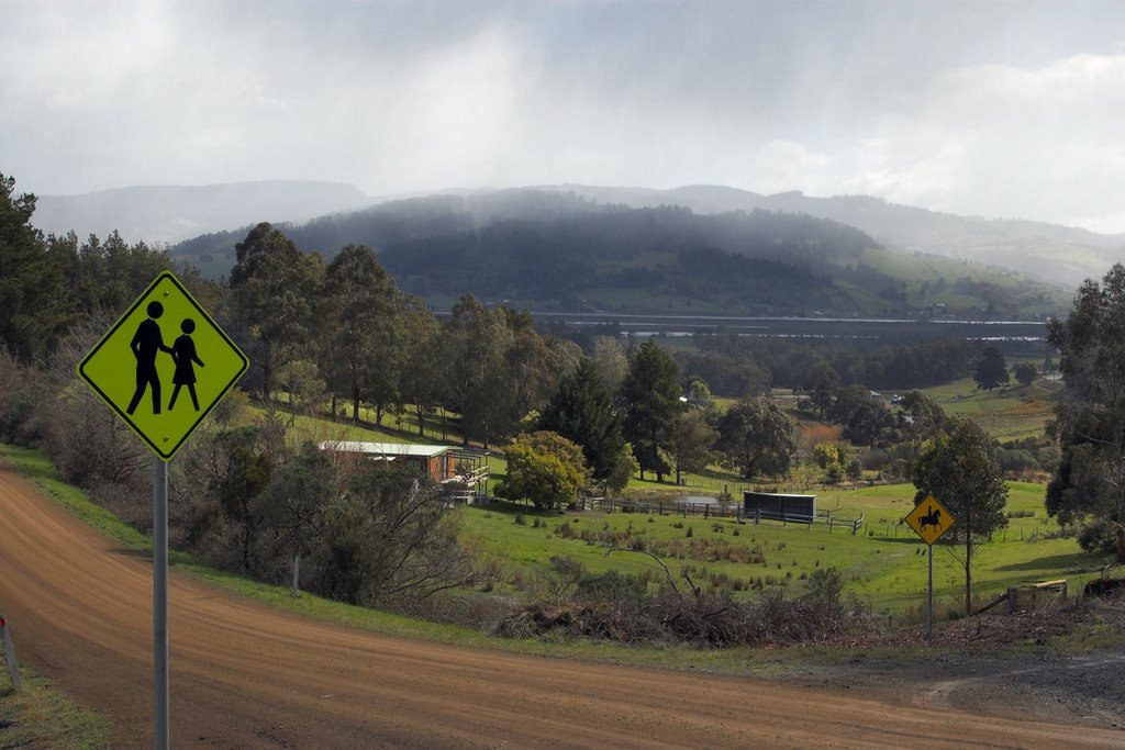 Huon River valley from Autumn Road, Cradoc