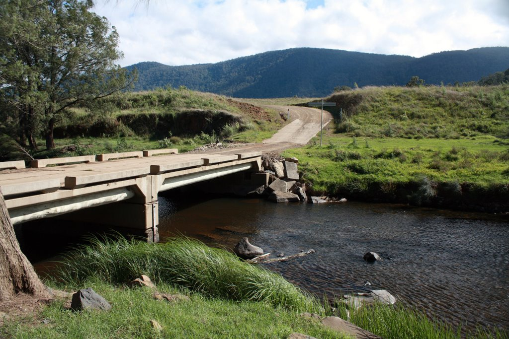 Bridge over Cooplacurripa River