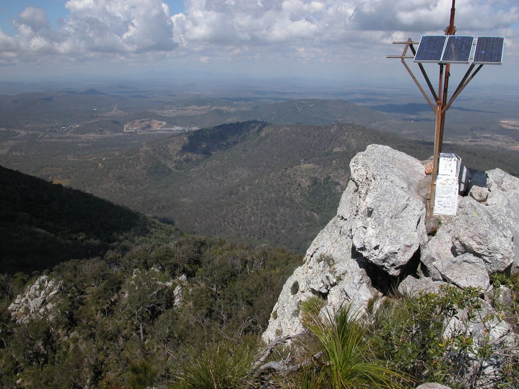 view from Mt Larcom, looking south, Aug 2006