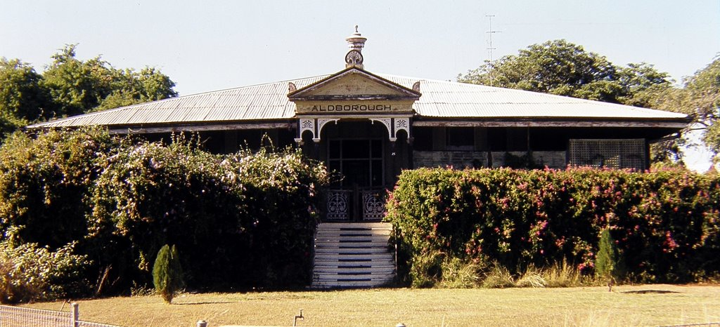 Australia - Queensland - Charters Towers - Aldborough House - 1980 ... is thought to have been the first house in Charters Towers with electric lights