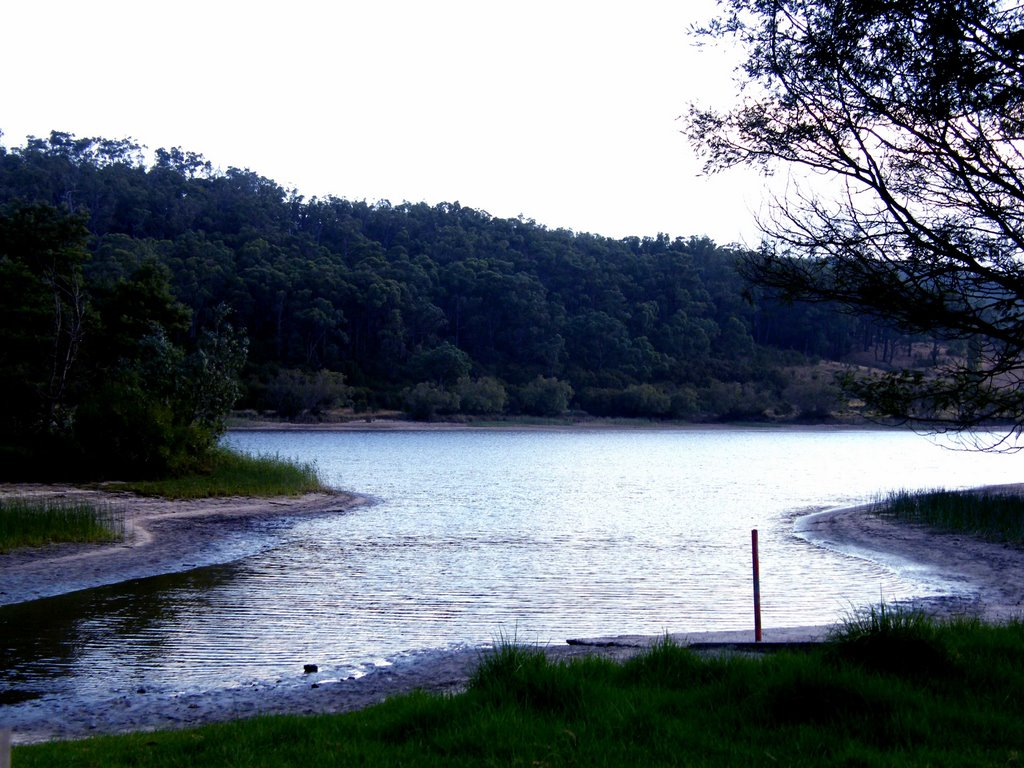 Lake Narracan - Moe
