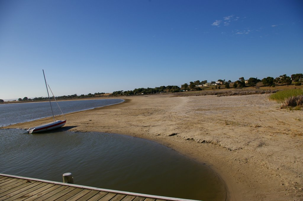 Devastating Effect on Lake Alexandrina by the lack of water