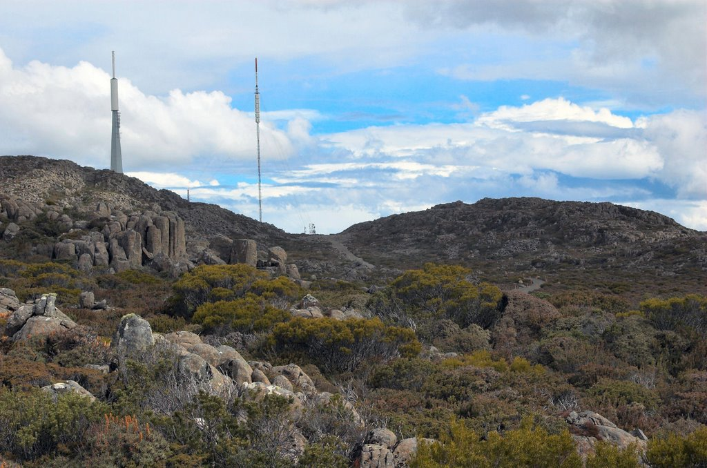 Television masts on Mt Barrow