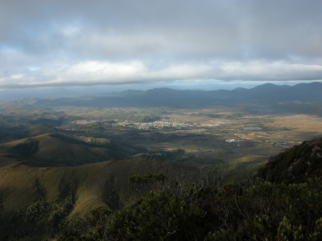 Zeehan township from the top of Mt Zeehan