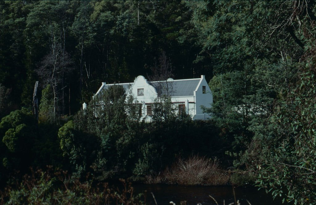 Cape Dutch house, Forth Valley