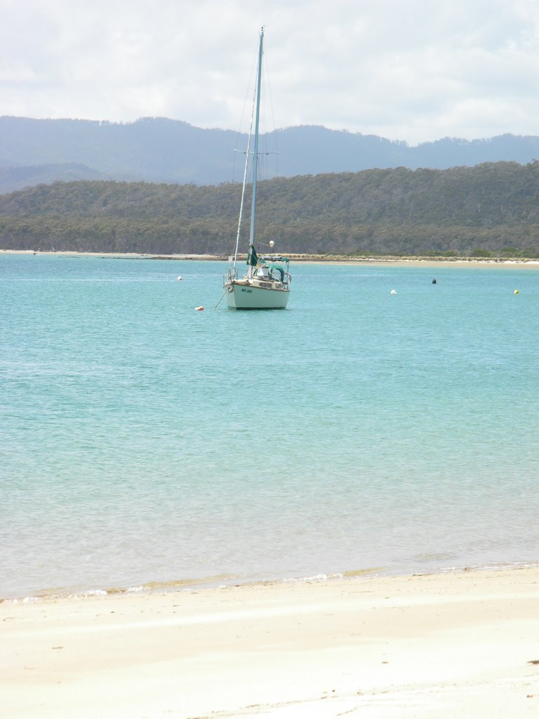 Yacht at Port Sorell