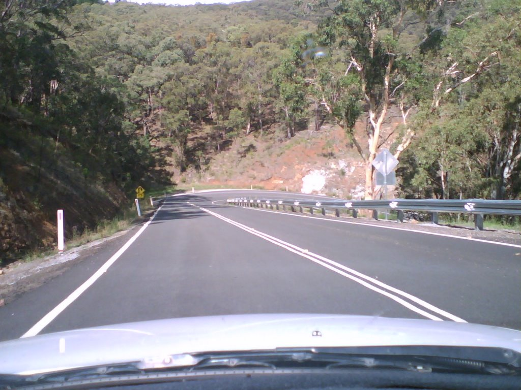 Road leading back to Nundle, Hanging Rock