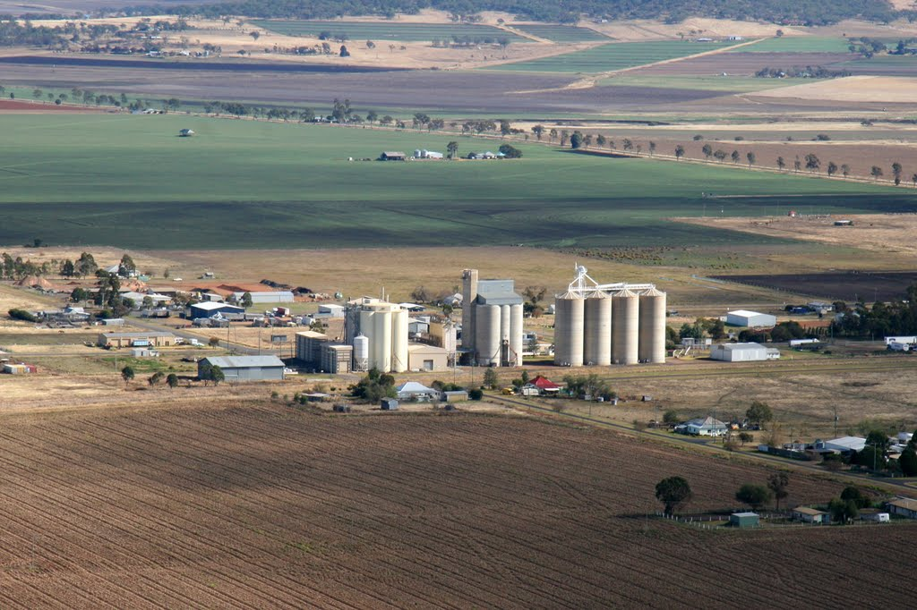 A Recreational Flight over the Darling Downs: Clifton