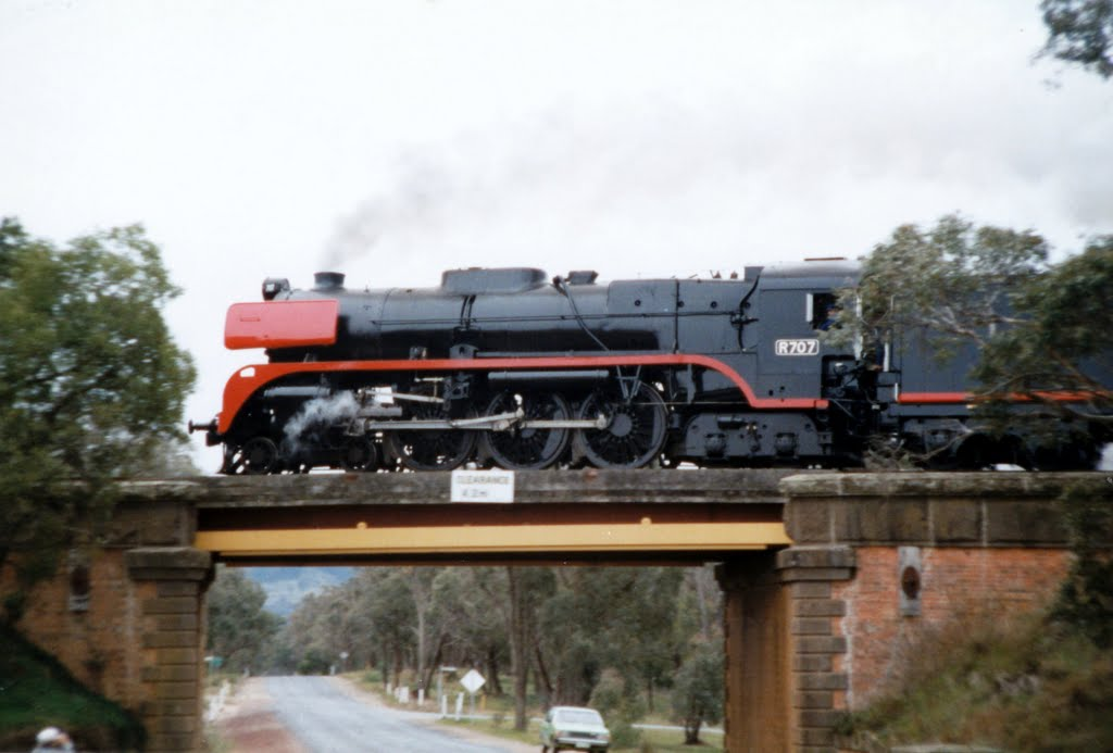 R707 over Mt Macedon Road - 1986