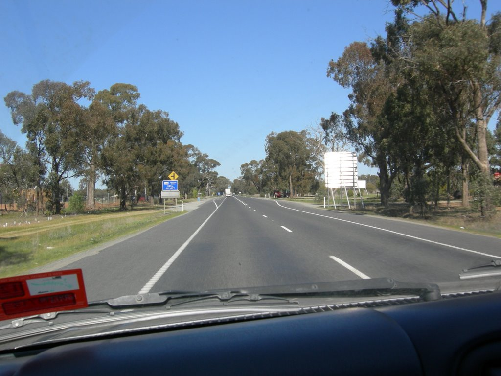 Shepparton large road