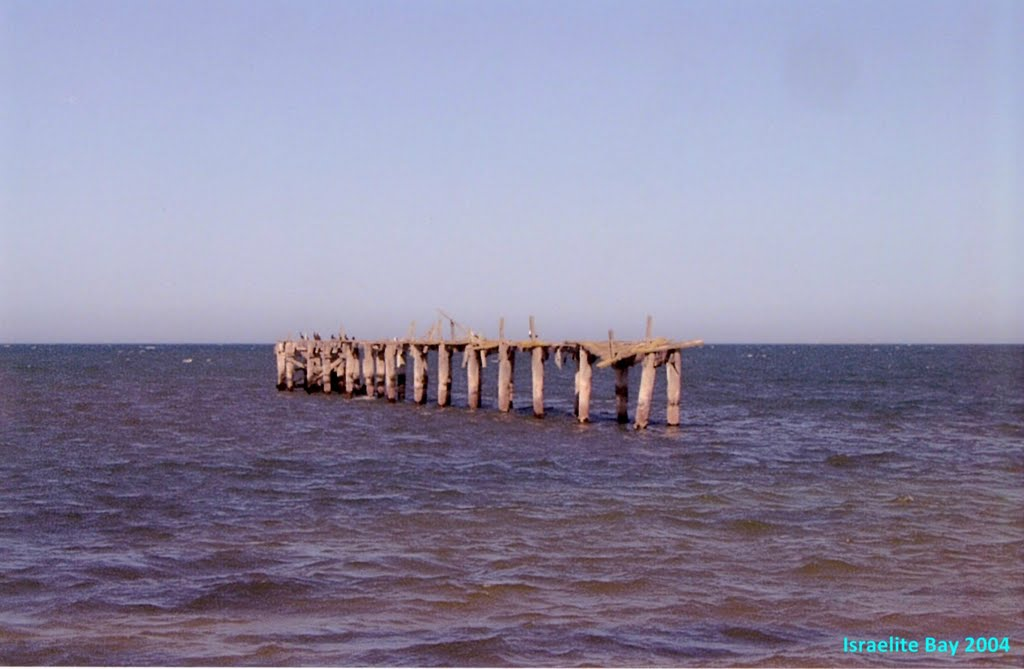 Old Jetty at Israelite Bay WA in 2004