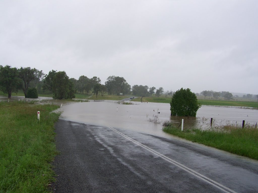 Sawpit Creek, Cherbourg Road.