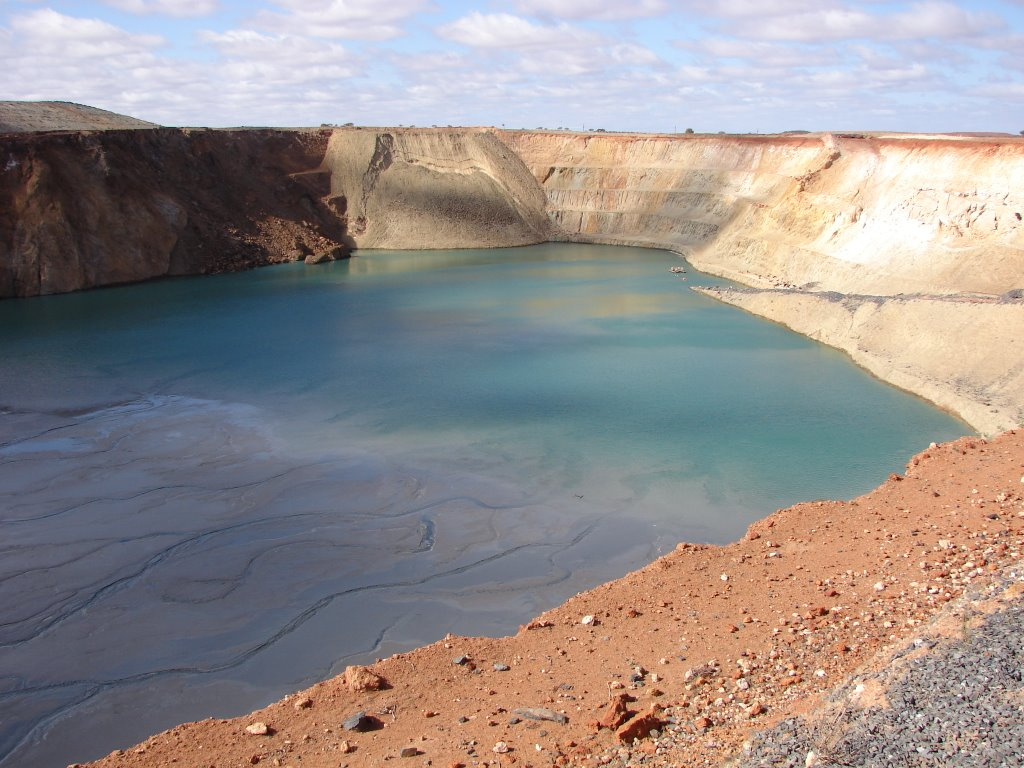 Agnew - Refilling Old Pit With Tailings