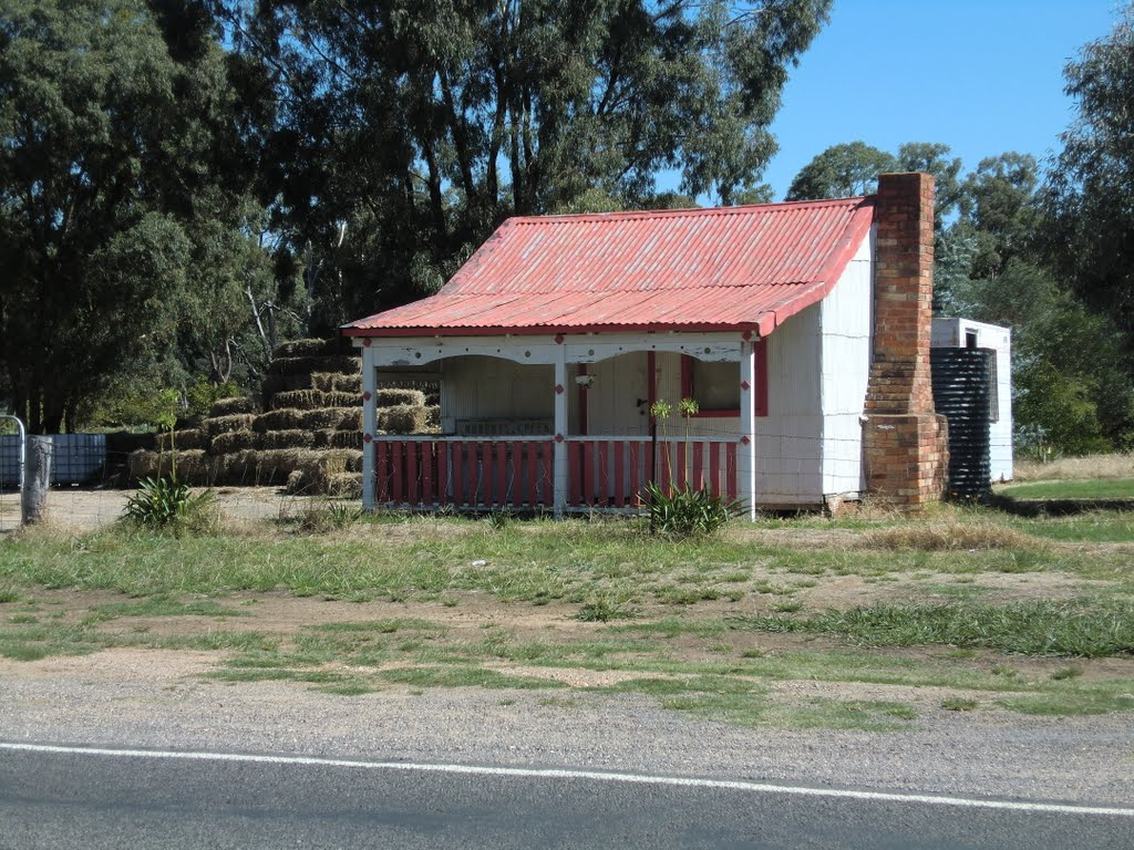 Dunolly miners cottage
