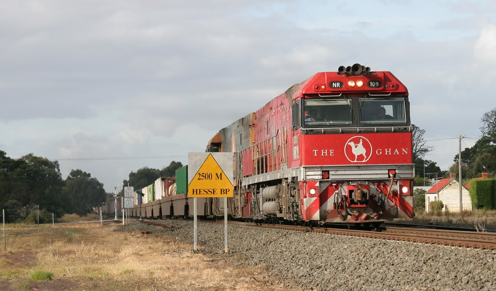 "One of ""The Ghan"" liveried units on freight duties and another ""Ghan"" unit on one of my older SD videos http://www.youtube.com/watch?v=MkqDkCszhLw"