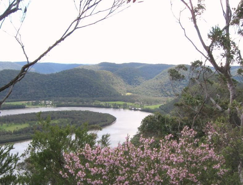 the Hawkesbury River snaking around to Gunderman (from the Eastern Commission track, Dharug NP).