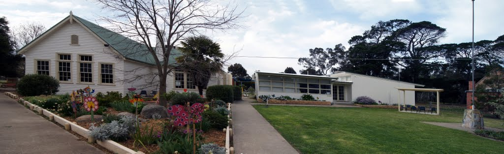 Great Western Primary School (2011). This school opened in 1881 to replace the earlier Common School, on adjacent land