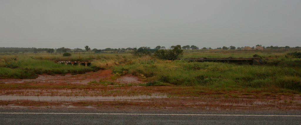 Culvert on Mullewa-Pindar railway; after a rainstorm.