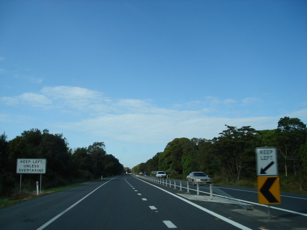 Pacific Highway approach to Wardell
