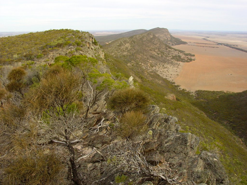 Looking south along the Darke Range - 3