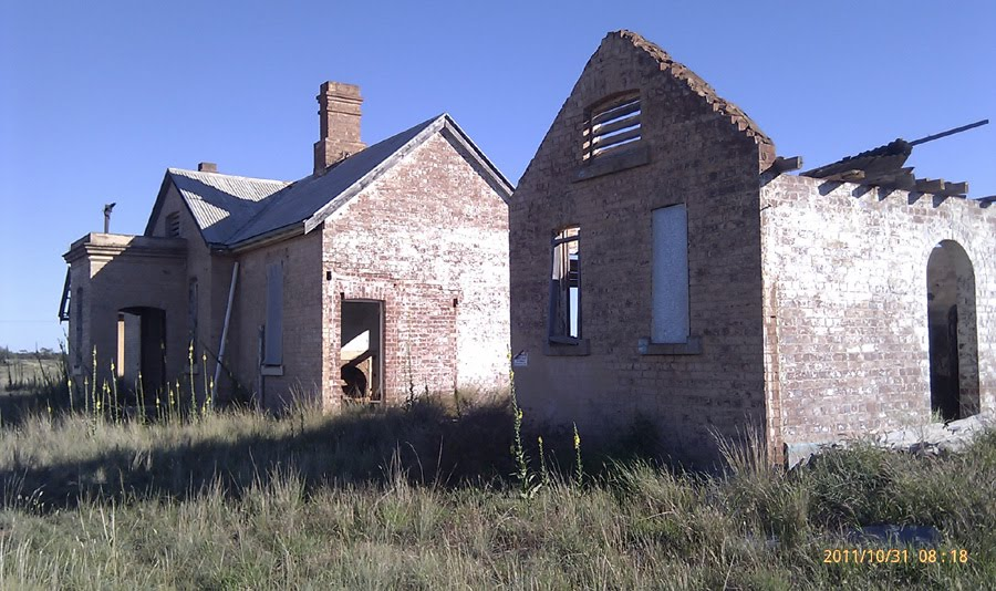 Girilambone NSW - disused railway buildings