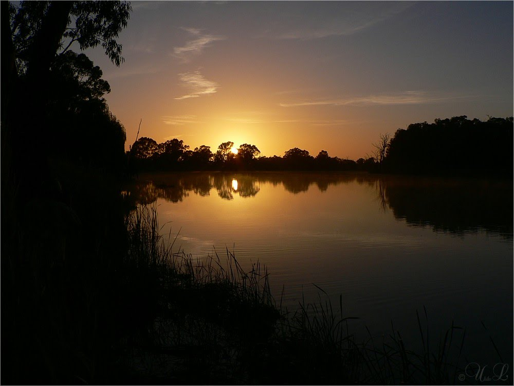 Sunrise over the Murray River in the Riverland of South Australia