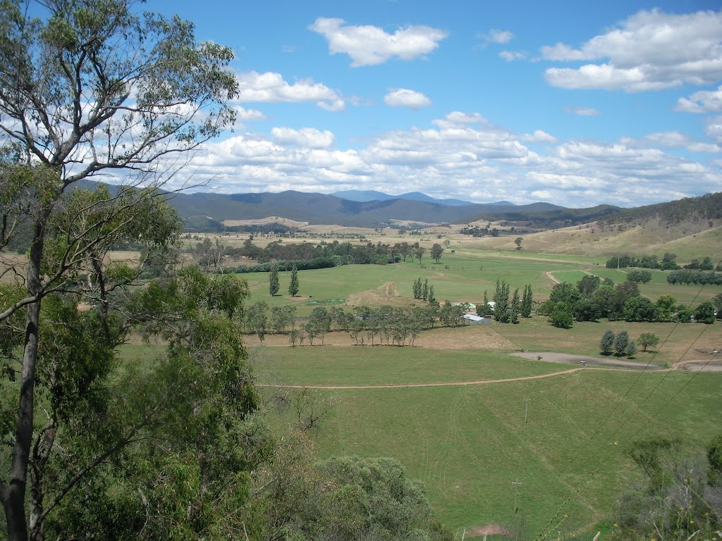 View of Australian Alps near Tallangatta