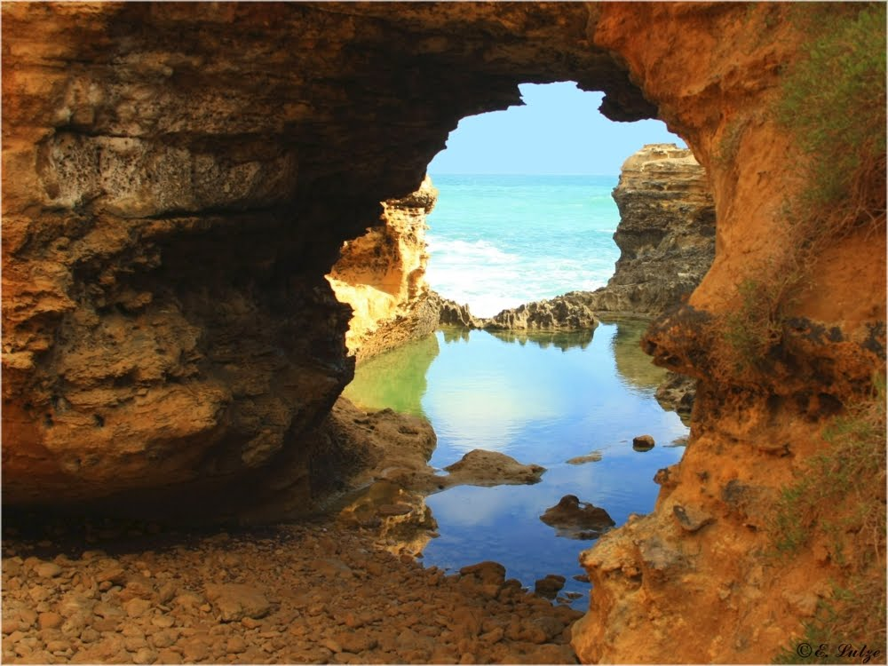 The Grotto  Great ocean Rd. Vic.