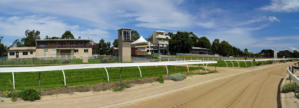 Stony Creek Racecourse (2012). A country racecourse that hosts summertime racing with the major race meeting being the Stony Creek Cup held in the March holiday weekend