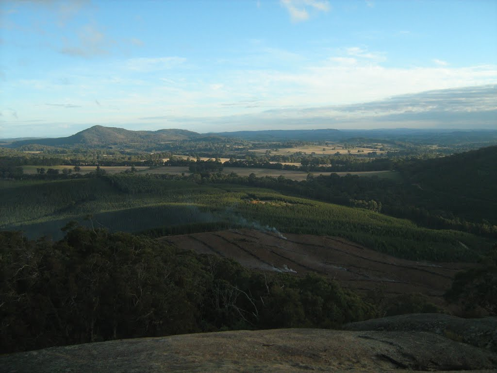 View from hilltop near Warrenbayne, Vic