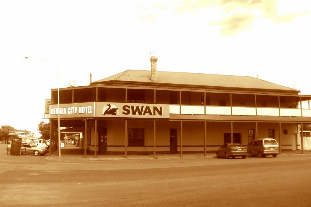 Denver City Hotel - Coolgardie, WA