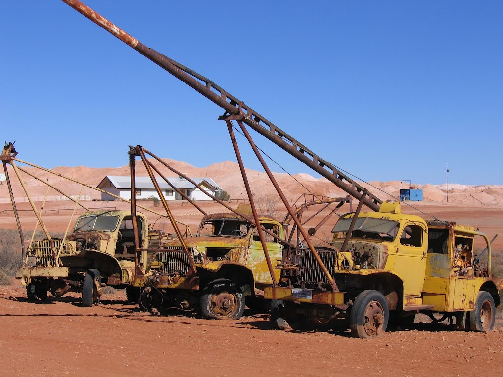 Retired Mining Equipment....Andamooka, SA
