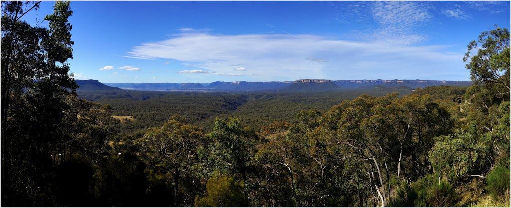 Looking toward Wollemi National Park, Ilford, NSW, Australia