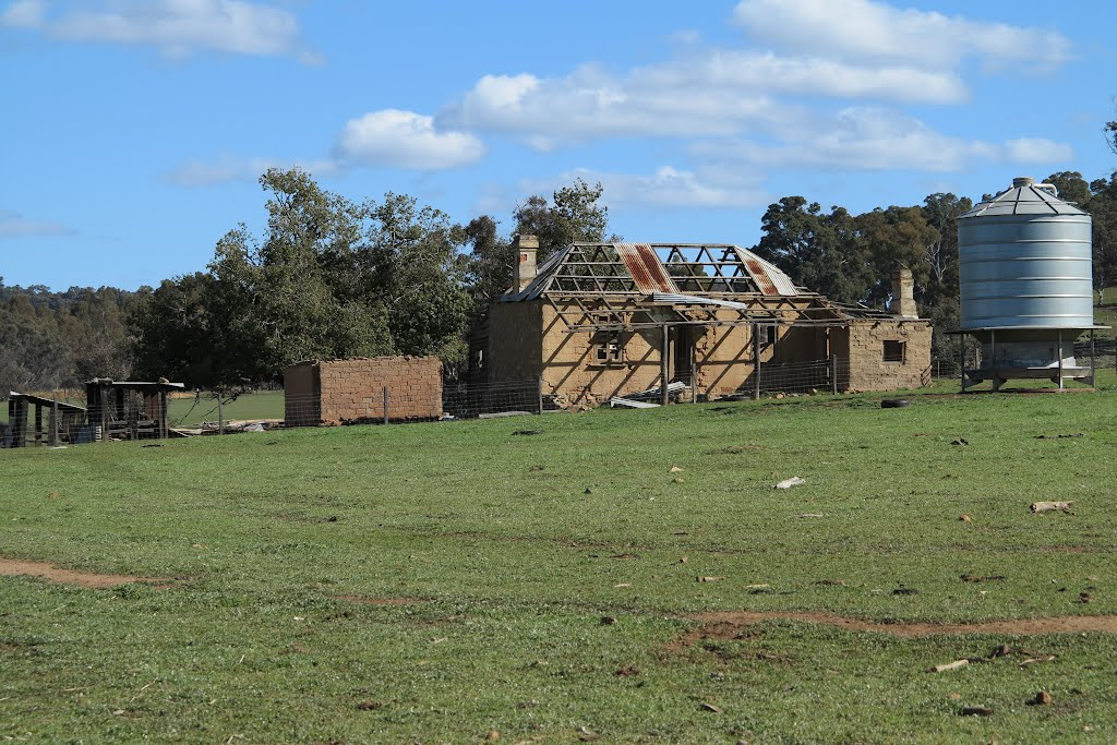Derelict Farm Buildings outside of Quindanning, Western Australia