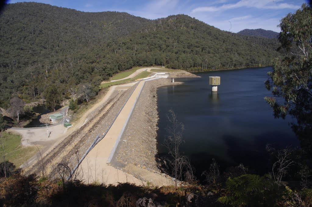 William Hovell Dam Wall