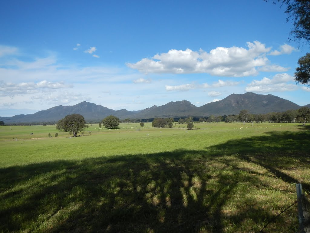 grampians from back road