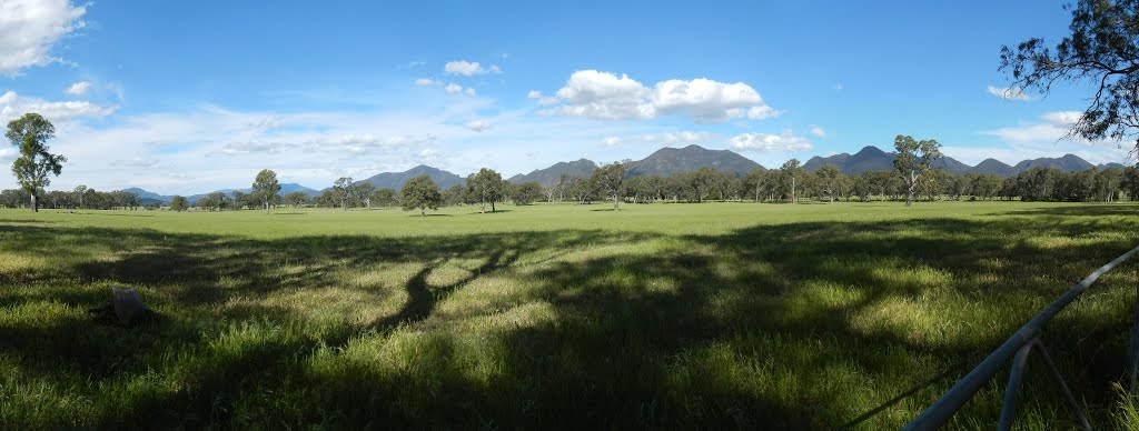 grampians panorama from back road