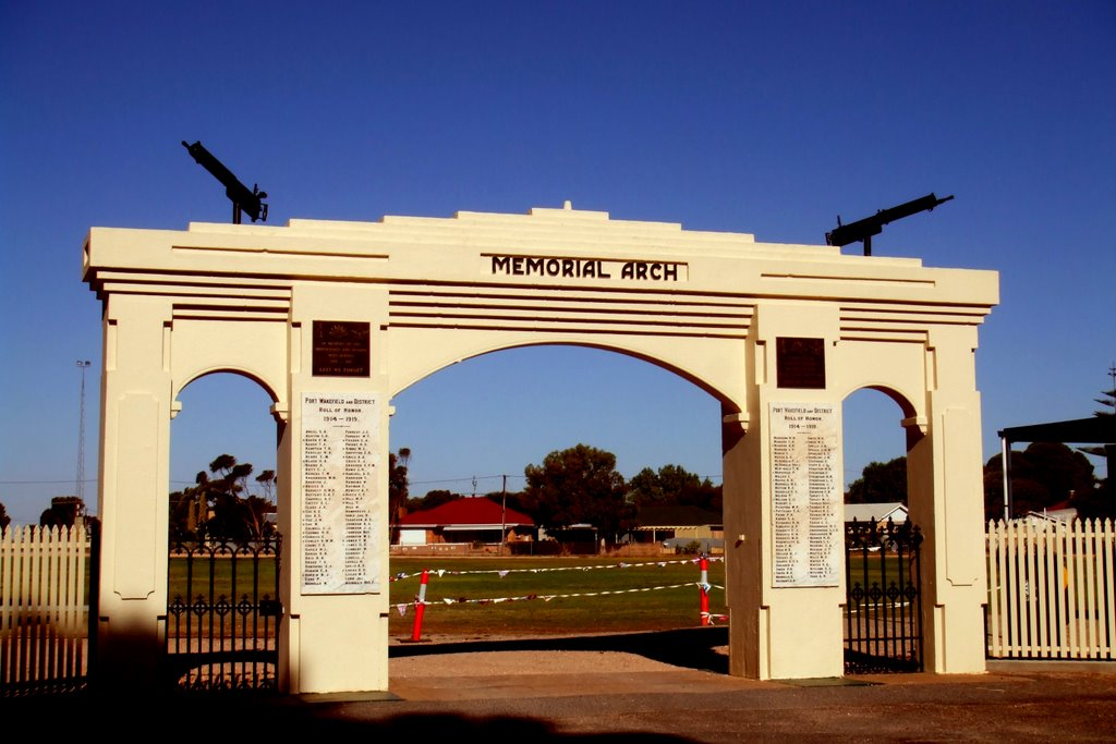 Memorial Arch - Port Wakefield, South Australia